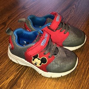 Toddler/Baby Boys Size 7 Mickey Mouse Sneakers